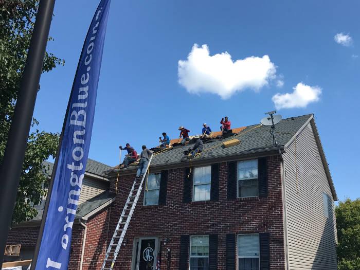 lexington blue crew installing shingles 8-25-17